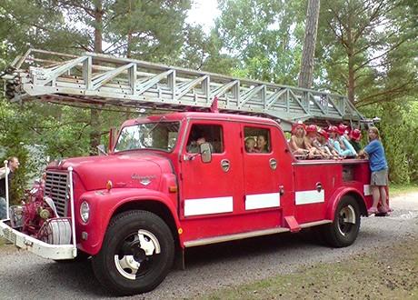Åka brandbil på Böda Riviera